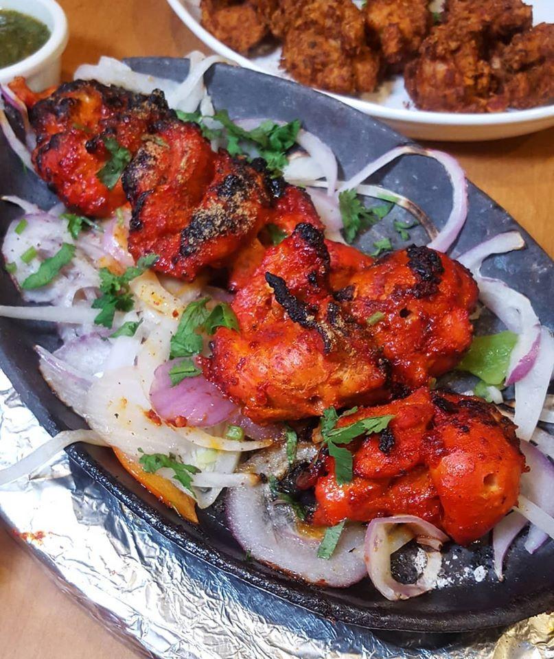 Karahi Point Chicken-Tikka-2 12 Best Dishes to Eat When You're at Karahi Point (Part 1) Food  toronto pakistani seekh kebab palak paneer pakora nihari naan lahori fried fish kebaba karahi point karahi chicken tikka chicken karahi butter chicken biryani