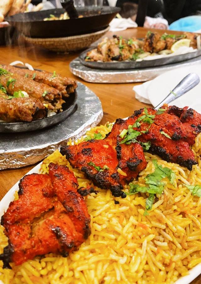 Karahi Point IMG_8551 12 Best Dishes to Eat When You're at Karahi Point (Part 1) Food  toronto pakistani seekh kebab palak paneer pakora nihari naan lahori fried fish kebaba karahi point karahi chicken tikka chicken karahi butter chicken biryani